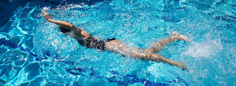 Schwimmen ist gelenkschonend