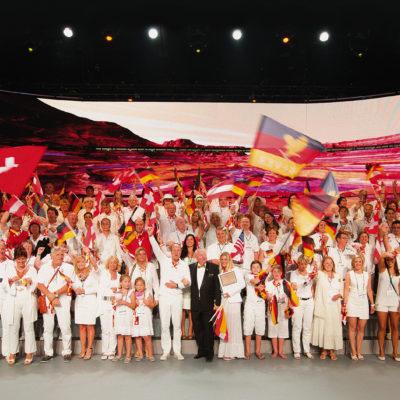 Forever Deutschland wird 1995 gegründet, vier Jahre später folgt die Schweiz und 2008 Österreich.