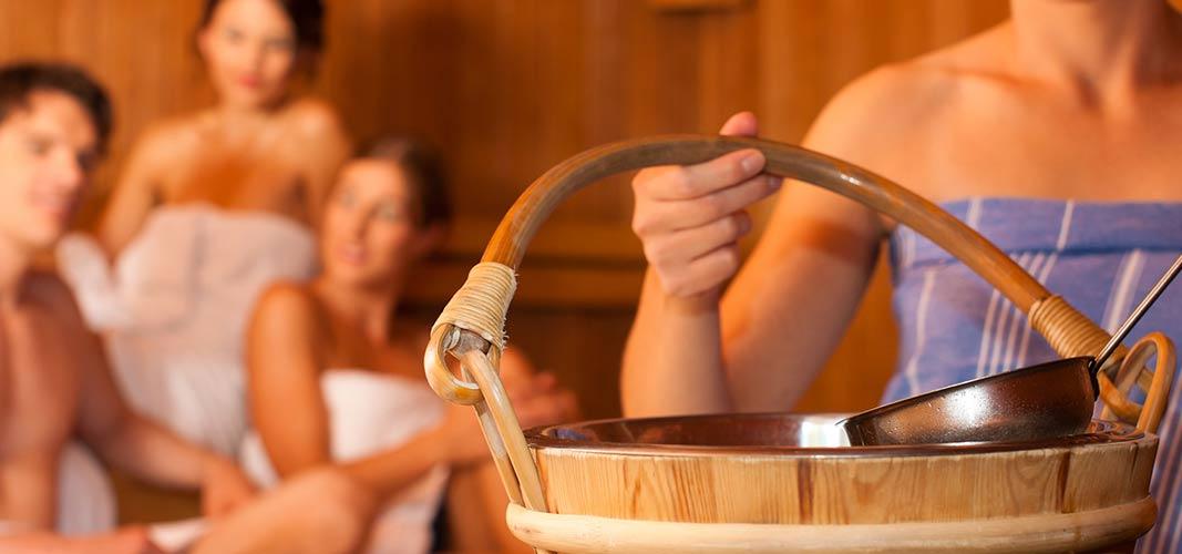 Saunagänge sind eine ideale Ergänzung zu einem ausgewogenen Sport- und Ernährungsprogramm.