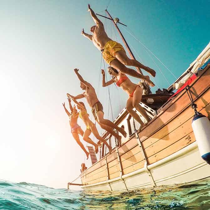 Einfach mal nix tun, ins türkisfarbene Meer springen oder sich in einem herrlichen See erfrischen:
